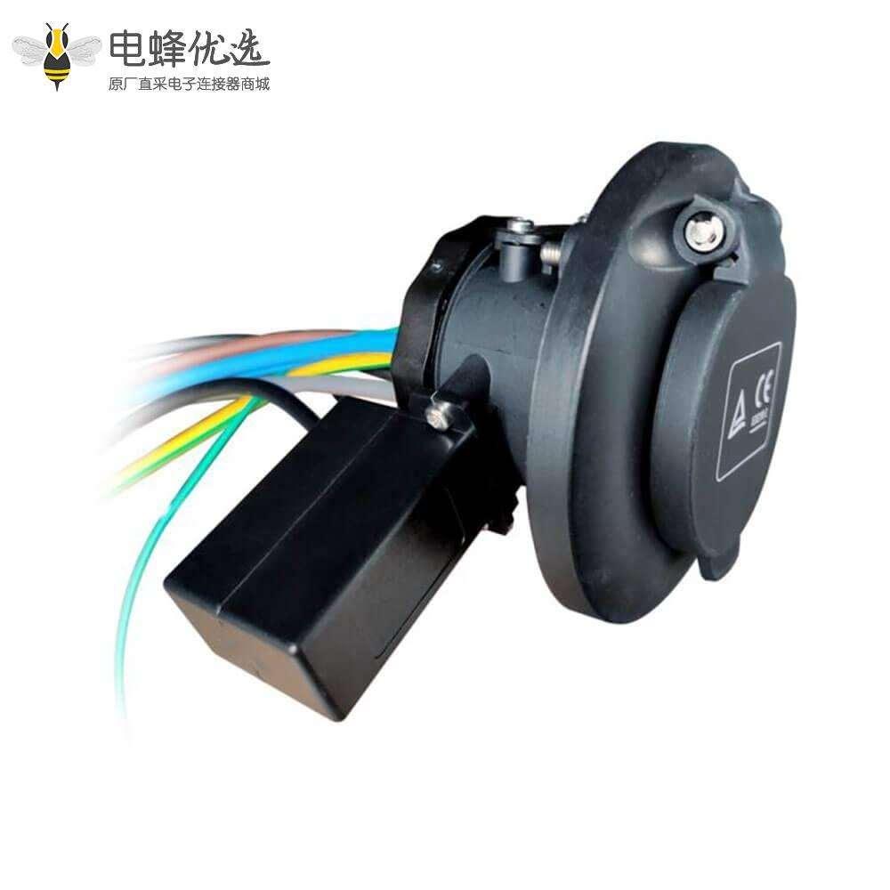 欧标插座充电桩端16A / 32A电动汽车充电的3点固定带电磁锁
