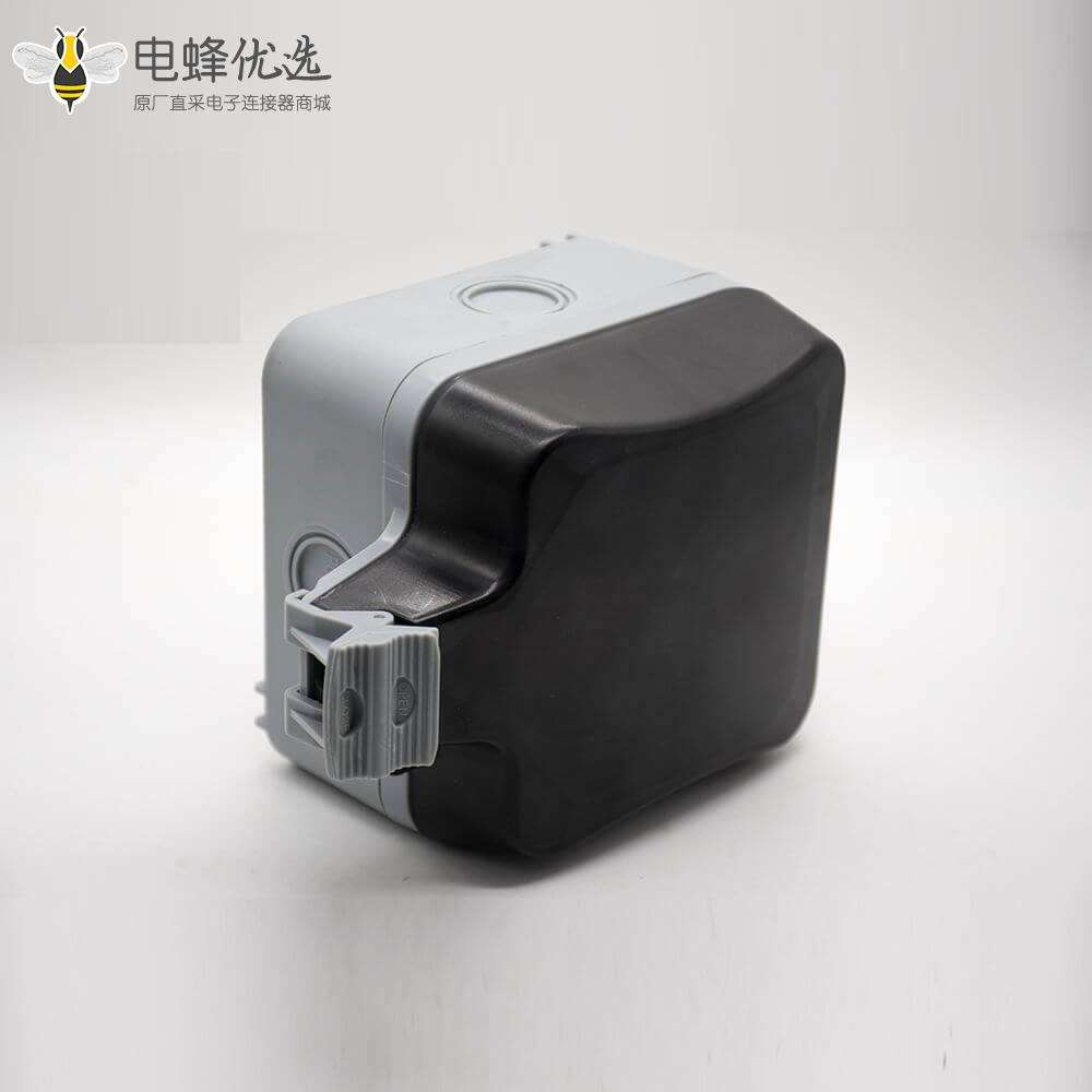 五孔防水插座可定制卡扣安装防水插座箱ABS塑料壳体